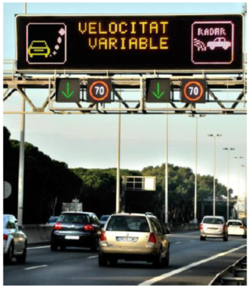 Example of action in Barcelona: variable speed limit signal board. Source: Trinomics, 2015.